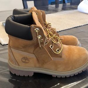 Youth timberlands